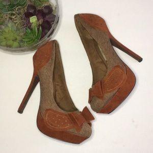 ✨Naughty Monkey✨ Vintage Heels